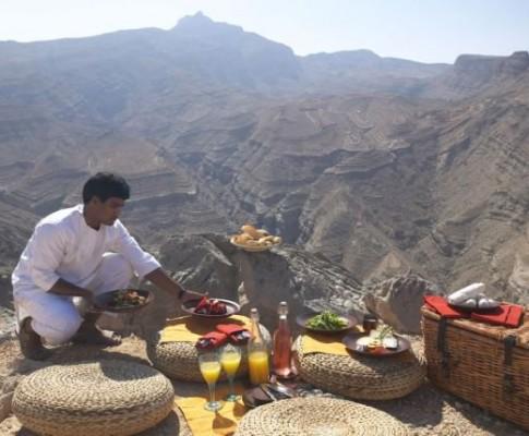Emirati Arabi & Oman