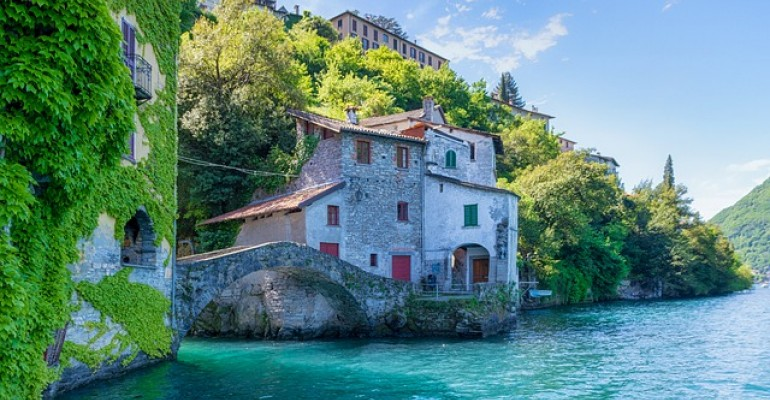 Ville di lusso a Como: vacanze 100% italiane